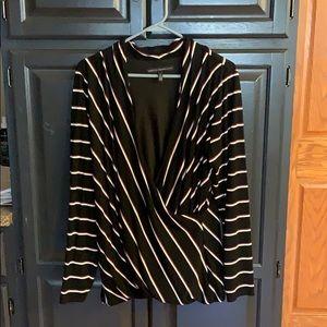 Women's White House Black Market wrap shirt sz XL
